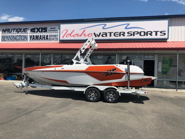 2019 Axis Boats T220