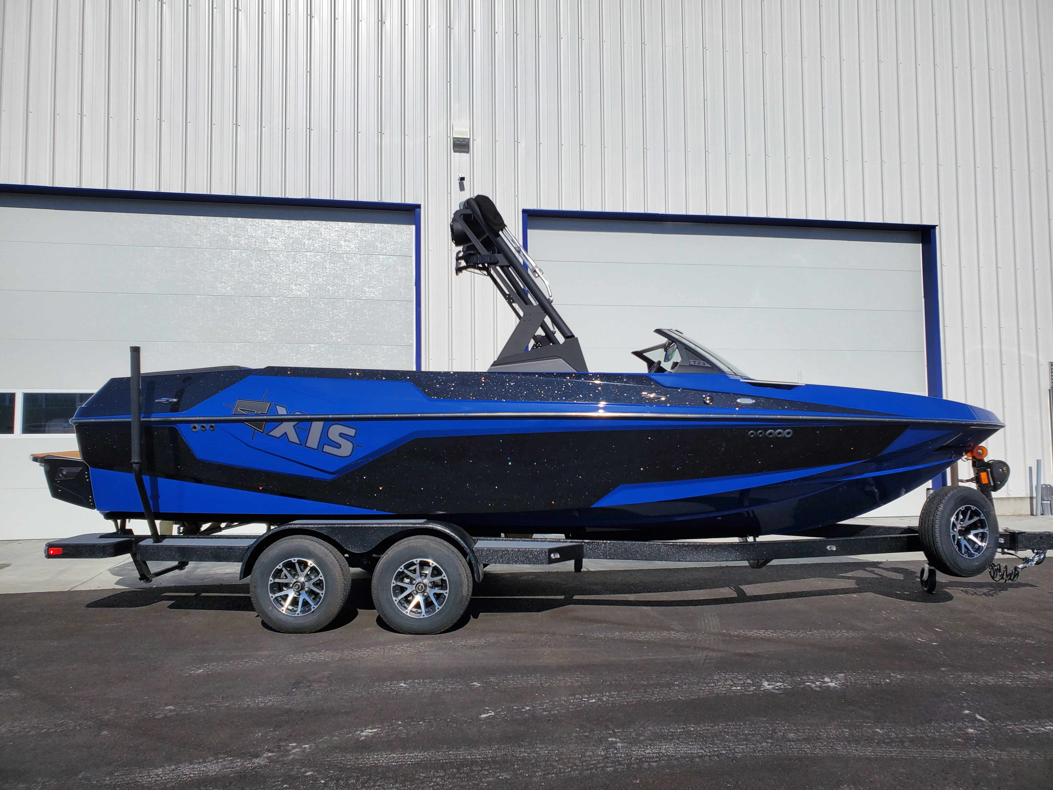 2020 Axis Boats T230