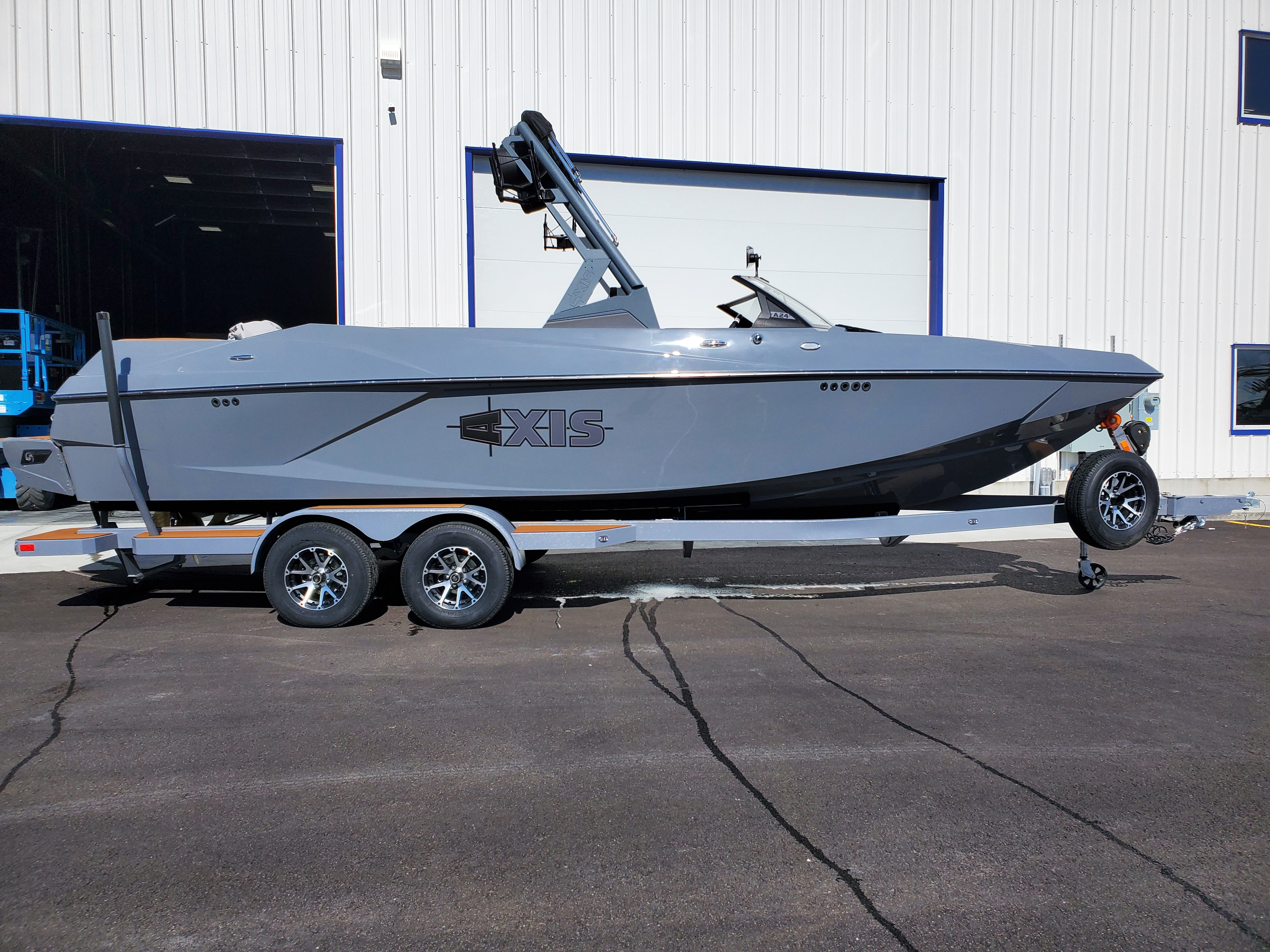 2020 Axis Boats A24